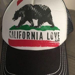 Accessories - california love california bear snapback